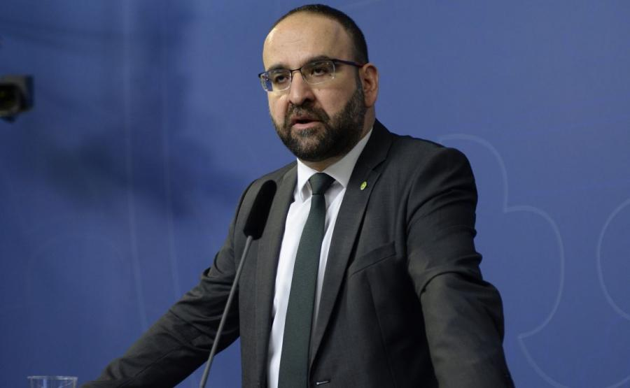 Mehmet Kaplan, szwedzki minister, który spotykał się z terrorystami