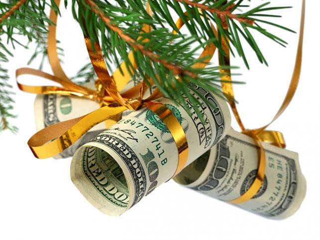 Відсотки  під  ялинку:  як  заробити  на  новорічних  акціях  банків