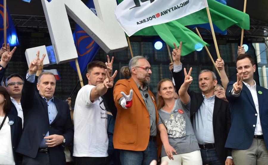 Manifestacja KOD i opozycji
