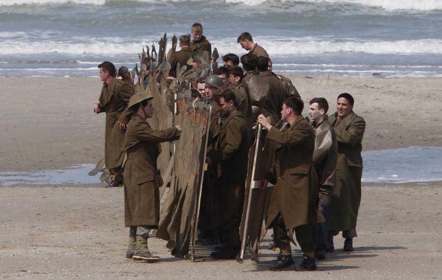 Christopher Nolan kręci w Dunkierce