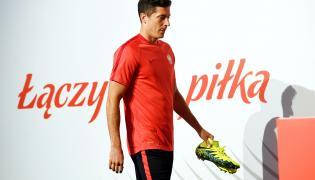 Kapitan piłkarskiej reprezentacji Polski Robert Lewandowski