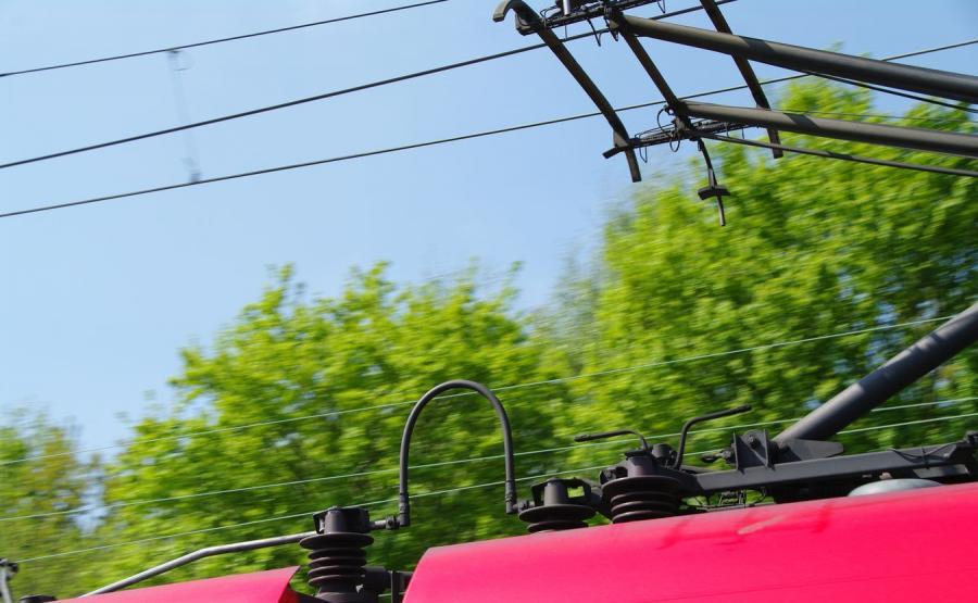 Elektryczna linia kolejowa