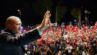 Prezydent Tayyip Recep Erdogan na wiecu
