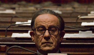 Biografia włoskiego premiera Giulio Andreottiego