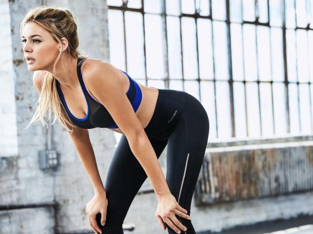 Kelly Rohrbach w kampanii kolekcji sportowej #CLZFITNESS