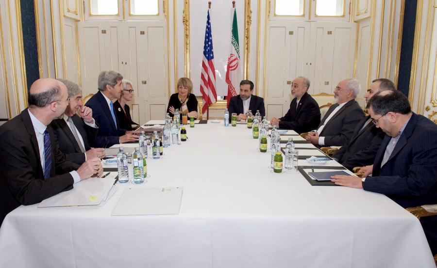Podpisanie prozumienia nuklearnego sześciu mocarstw z Iranem