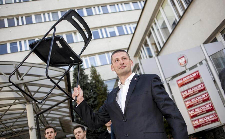 Marek Majcher, oskarżony o rzucenie krzesłem w prezydenta