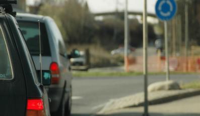 Kierowcy nie umieją jeździć… w kółko