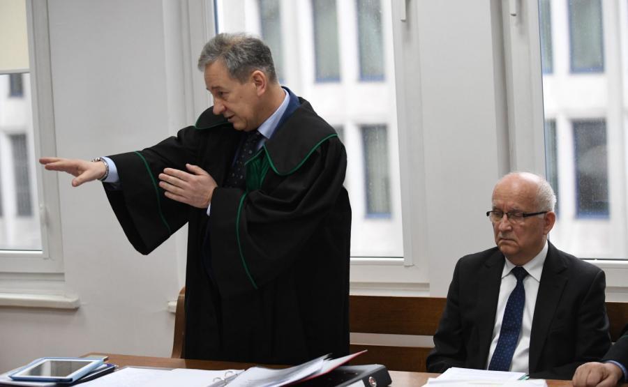 Emil Wąsacz (P) oraz jego obrońca, mec. Dariusz Cyran (L)