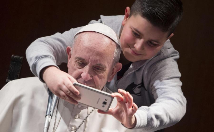 Selfie z papieżem